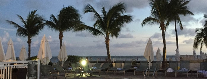 Shores Bar is one of USA Key West.