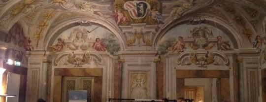 Palazzo Corsini is one of Museen.