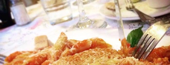 Vivoli Café & Trattoria is one of SMA.