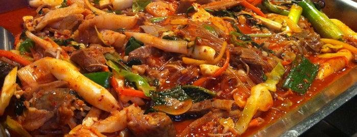 신의주찹쌀순대 is one of Must-visit Korean Restaurants in Seoul.