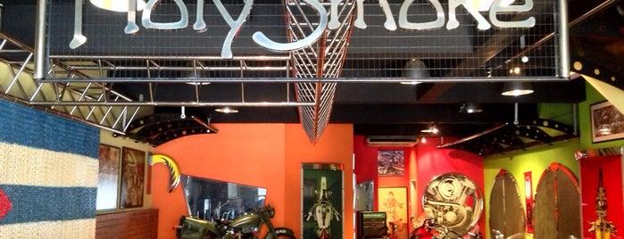 Holy Smoke Cafe is one of jalan2 cari makan seksyen 13 shah alam.