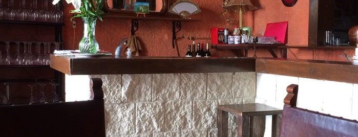 Convivio is one of Tenerife: restaurantes y guachinches..