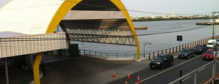 Ferry Boat Itajaí / Navegantes is one of Lugares que já dei checkin.