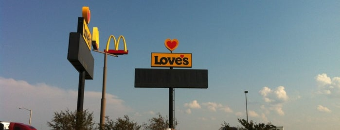 Love's Travel Stop is one of State of Ilinois sites.