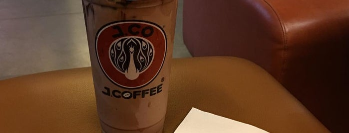 J.Co Donuts & Coffee is one of Bakery.