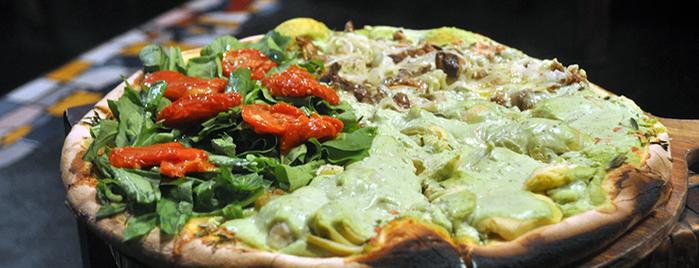 Di Fondi Pizza is one of São Paulo Vegan!.