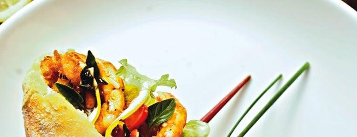 Marcelino Pan y Vino is one of Gastronomia.