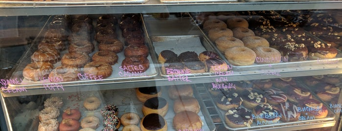 Devil's Dozen Donut Shop is one of Mmm...Donuts.