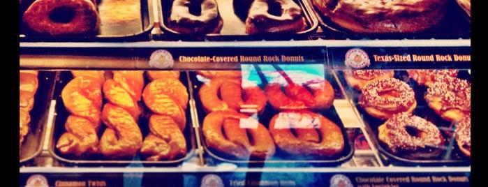 Round Rock Donuts is one of Austin Breakfast & Brunch.