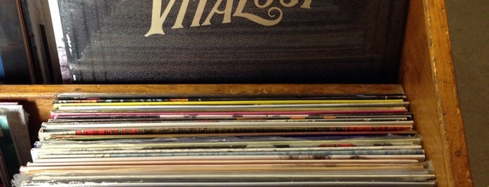 Grimey's New & Preloved Music is one of USA: Retail Adventures.