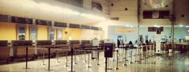 Aeropuerto Presidente Carlos Ibáñez del Campo (PUQ) is one of World AirPort.