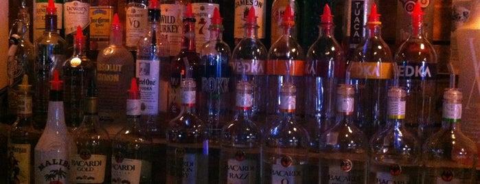 SoCo Club is one of CoMO Bar Musts.