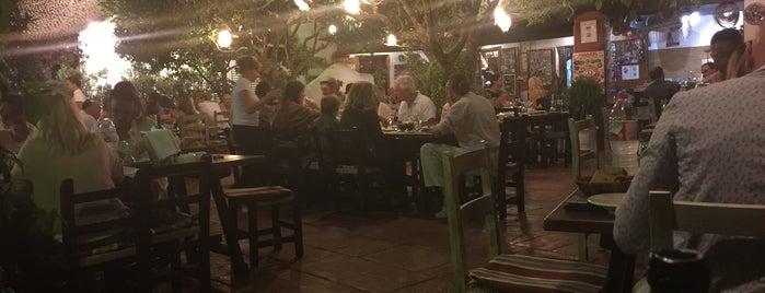 Restaurant Cami de Balafia is one of Eat & Drink.