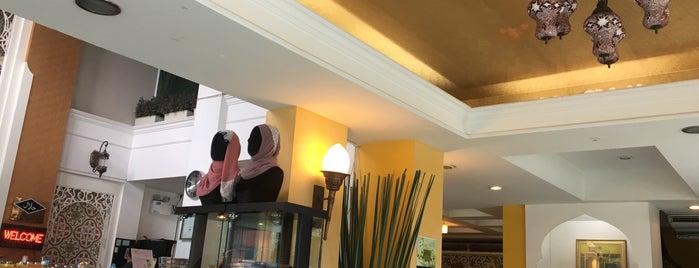 Maroc De' Nest Home is one of ร้านอาหารมุสลิม.