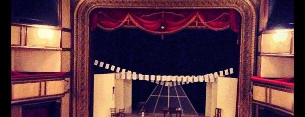 Ses - 1885 Ortaoyuncular Tiyatrosu is one of İstanbul Avrupa Yakası #4 🍁🍃.