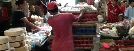 Pasar Pabean is one of Sparkling Surabaya.