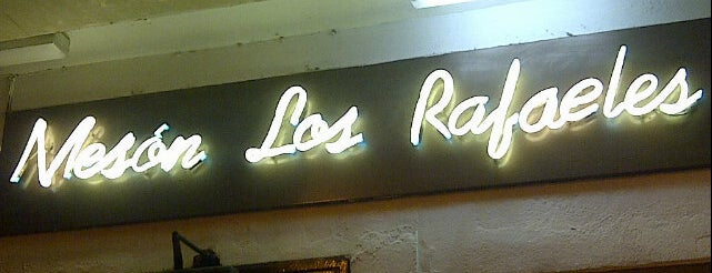 Los Rafaeles is one of Restaurantes a dondr ir.