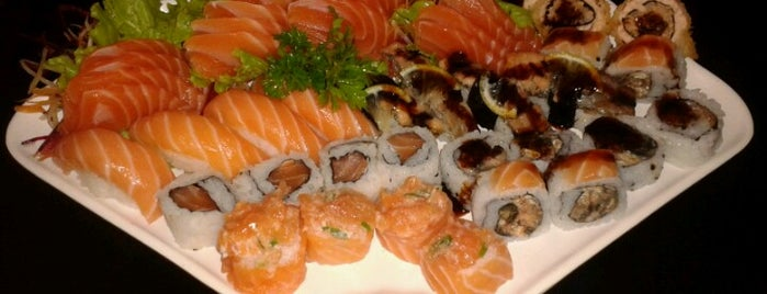 Toshiro Sushi is one of Japoneses.