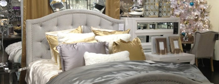 Z Gallerie Is One Of The 15 Best Furniture And Home Stores In Chicago.