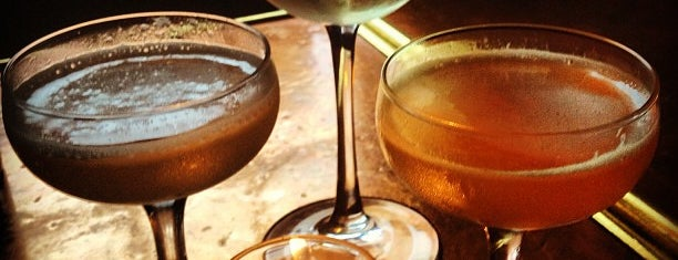 Tiny's and the Bar Upstairs is one of The 15 Best Places for Dirty Martinis in Tribeca, New York.