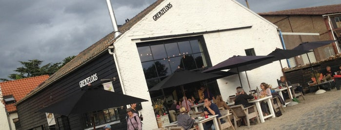 Grenzeloos is one of Restos to go to.