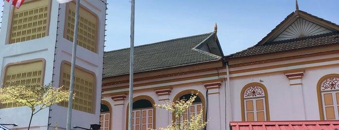 Masjid hiliran is one of masjid.