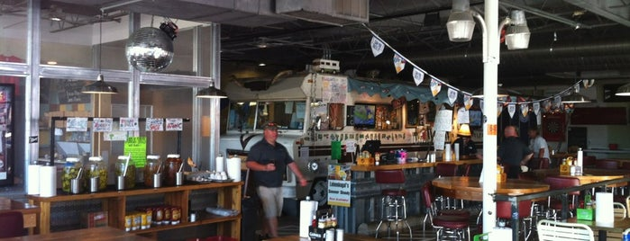 Twisted Root Burger Co. is one of Place to eat.