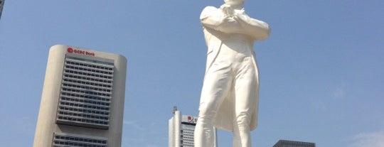 Sir Stamford Raffles Statue (Raffles' Landing Site) is one of Singapore.
