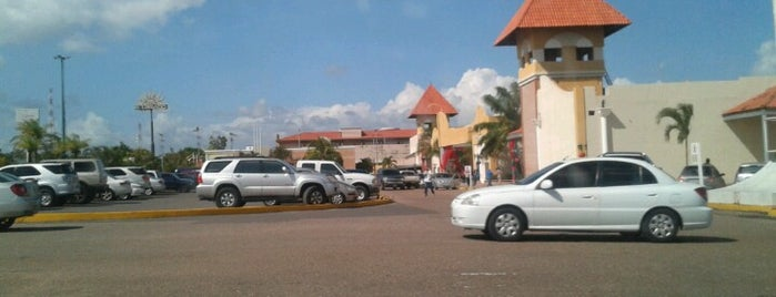 C.C. Monagas Plaza is one of Centros Comerciales.