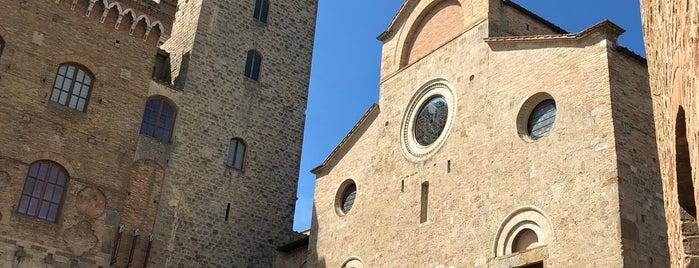 San Gimignano is one of Toscana.