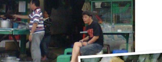 Kupat Tahu Gempol is one of My Hometown.