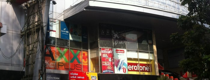 Istana Bandung Electronic Center (BEC) is one of My Hometown.