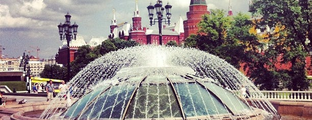 Манежная площадь is one of Best places of Moscow city...