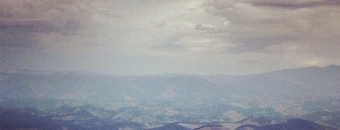 Pico do agudo is one of Santo Antônio do Pinhal.