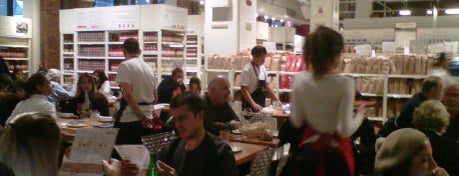 Il Pesce @ Eataly is one of Rob's NYC Eats & Sleeps.