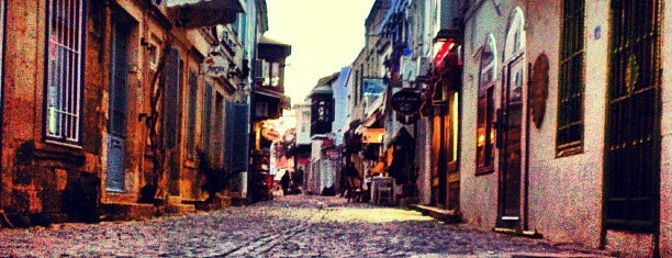 Alaçatı Çarşı is one of Best Of CESME.
