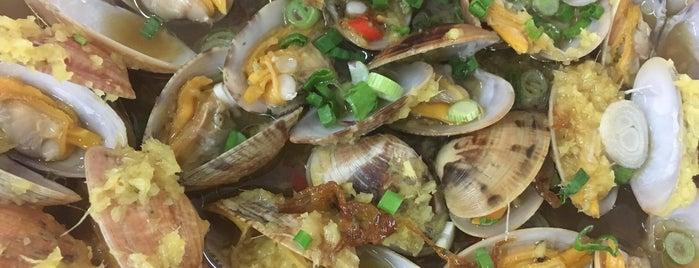 明記家鄉小食 is one of Yeh's Fav Food!! ^o^.