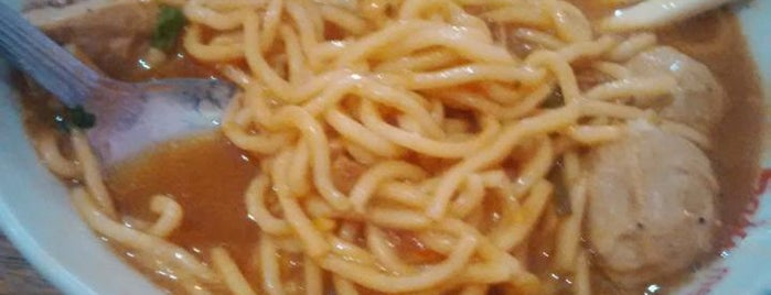 Mie Ayam Bakso Raksasa Mas Casum is one of 20 favorite restaurants.