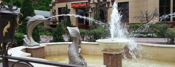 Водопад is one of Любимые рестораны.