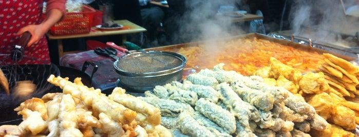 만나분식 is one of Korean Soul Food 떡볶이.