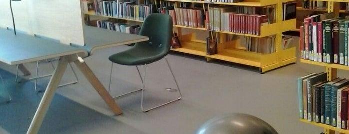 Det Humanistiske Fakultetsbibliotek is one of Biblioteker København.