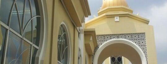 Masjid Muhammadi Angkasapuri is one of Baitullah : Masjid & Surau.