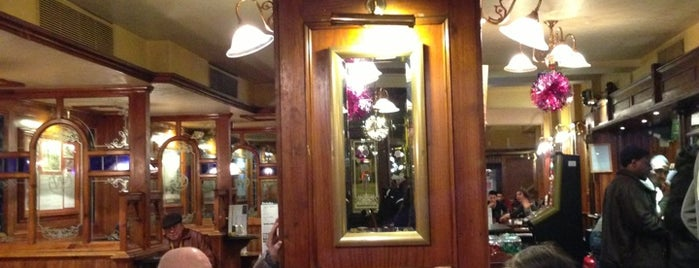 The Beehive  (Wetherspoon) is one of London Pint.