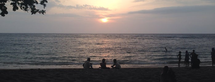 Sunset Bar Senggigi Beach Resort is one of All-time favorites in Indonesia.