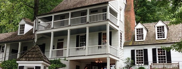 Michie Tavern is one of Historian.