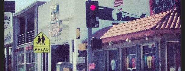 Melrose Avenue is one of Before you leave LA, you must....