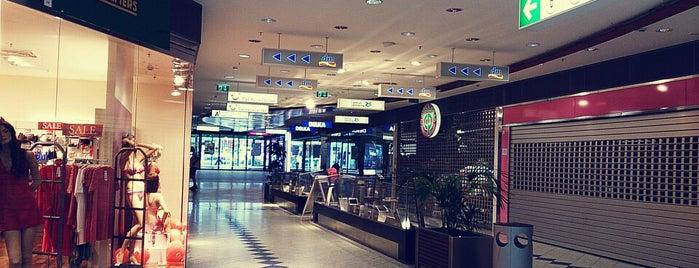 Zentrum Simmering is one of Must-visit Food in Wien.