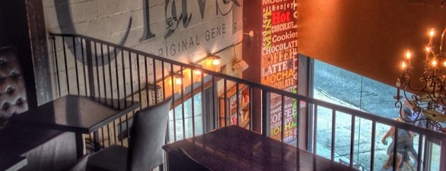 Crave Espresso Bar is one of Best coffee shops for meetings and laptop work.