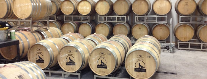 Coyote Moon Vineyards is one of New York State Wineries.