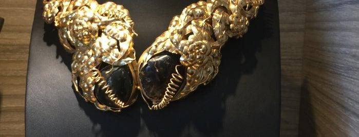 Tulola Jewelry is one of Bali.